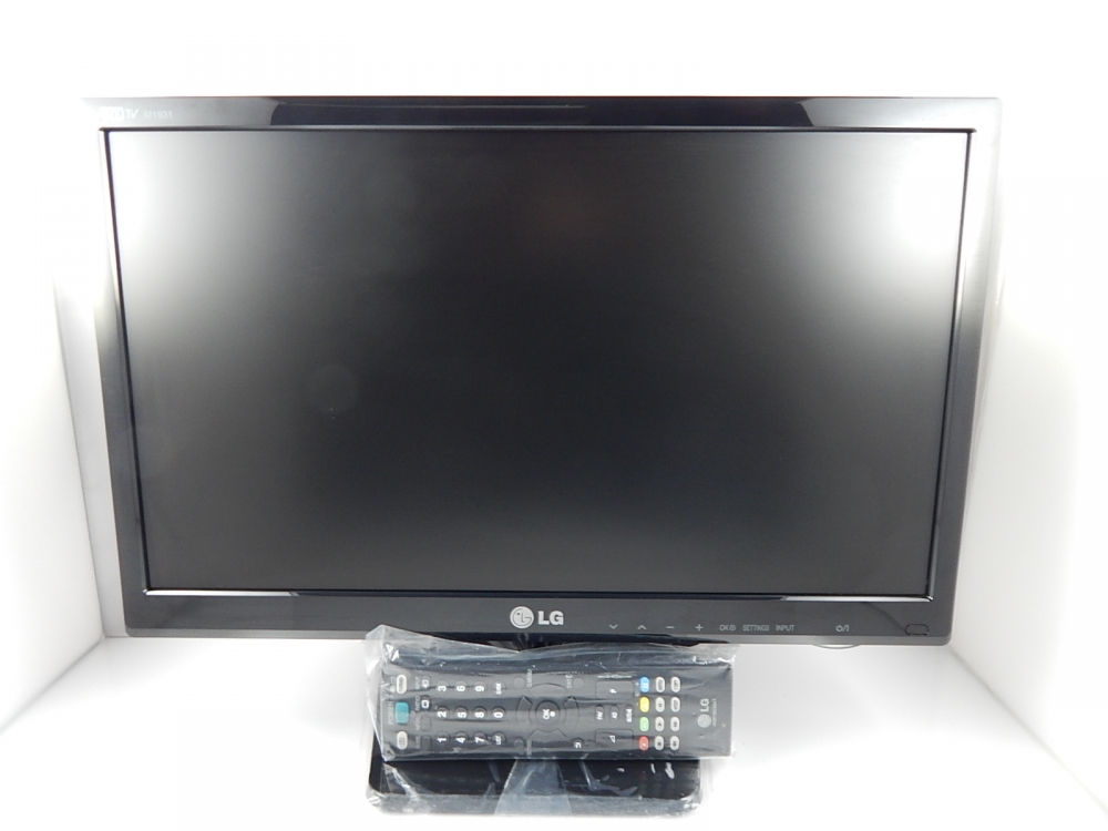 lg m1931d pz fernseher pc monitor 47 0 cm 19 zoll. Black Bedroom Furniture Sets. Home Design Ideas